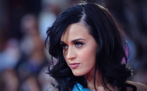 katy_perry_1920_1200_may102011