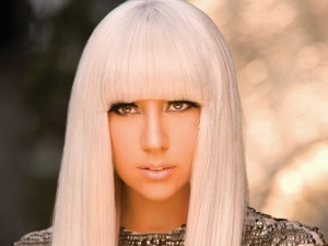 music-video-lady-gagas-pokerface-22338274-1600-1201